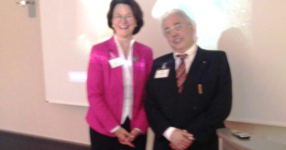 Maria Fischer und Prof. Zafiropoulos